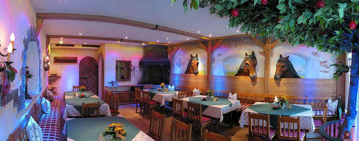 Alte Post Stüberl Bad Hofgastein - Themen Restaurant Interior Design Planung und Umsetzung von Milo