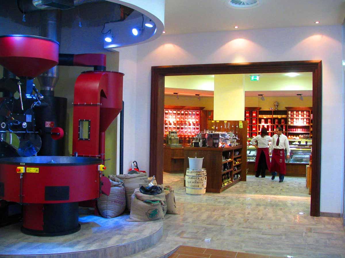 Coffee In - die Kaffee Rösterei für den eigenen Kaffee - Raum Interior Design Ausstattung von Milo