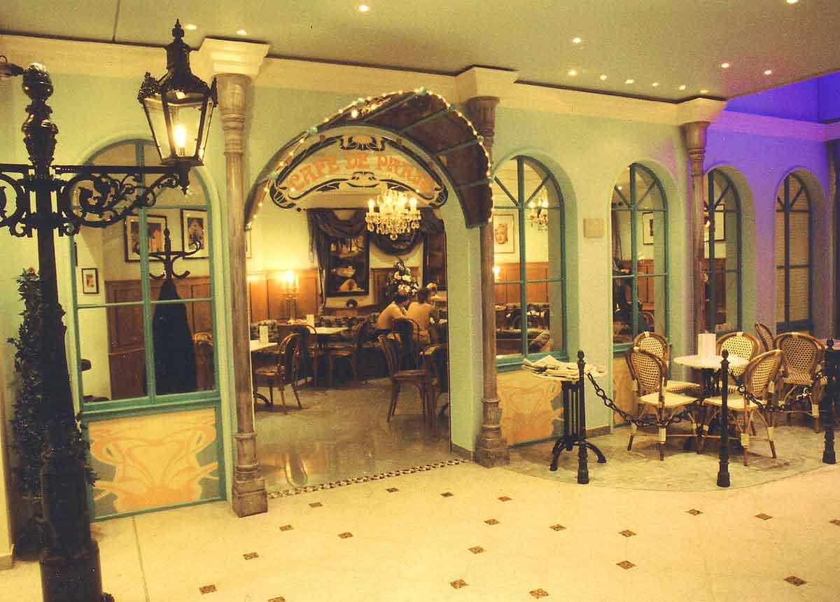 "Gastronomie Themen Casino ""Monte Carlo"" mit dem Cafe de Paris - sehr nahe am Original - Ausstattung Design Planung Milo"