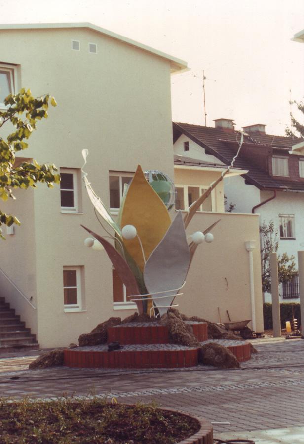 Kunst am Bau Objekt - in einer Wohnsiedlung - Design Planung Herstellung Milo