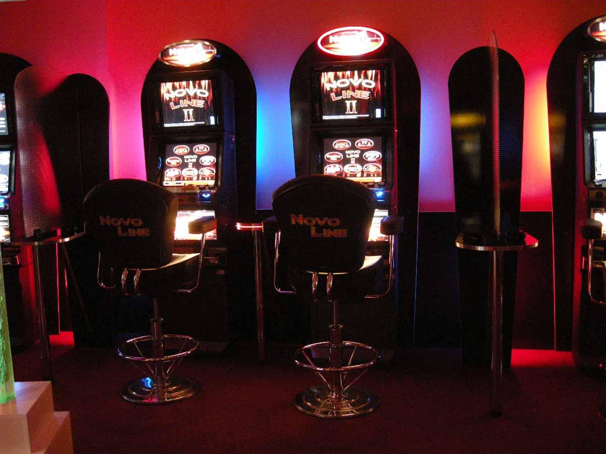 Palast Slot Machine Casino Darmstadt - Licht Ausstattung und Innenarchitektur Interior Design Milo