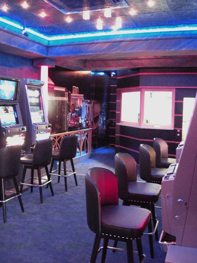 Wettunkt Themen Slot Machine Casino in der Interior Design Ausstattung von Milo