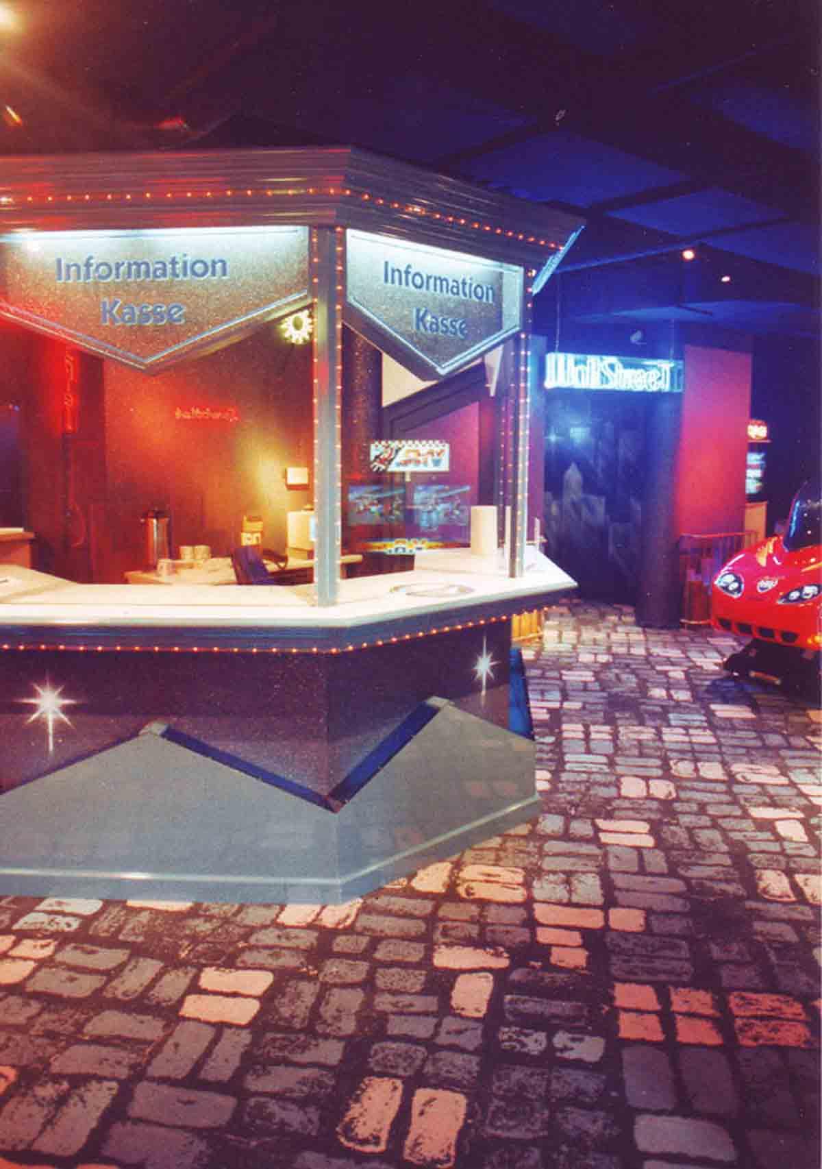 Merkur Spielothek Köln - Kasenbereich im Spielhallen Bereich - in Milo´s Design Planung