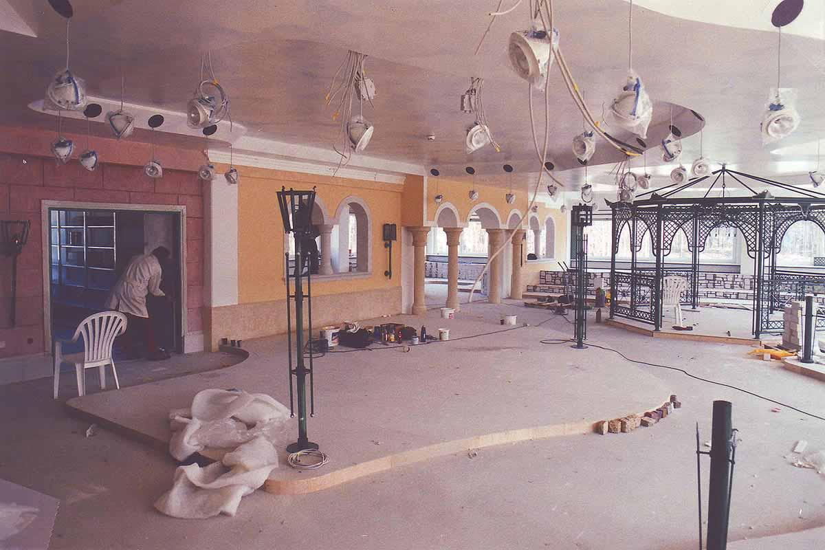Steiners Schauraum Gestaltung - Dekorationsbau und Herstellung der Showroom Ausstattung nach Milo´s Interior Design Planung