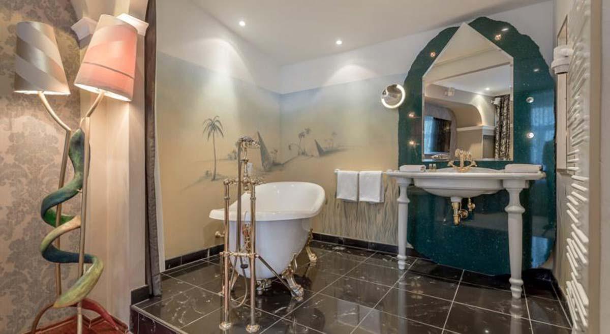 Themen Hotel Bad Ausstattung - reduziert elegante Farbgebung