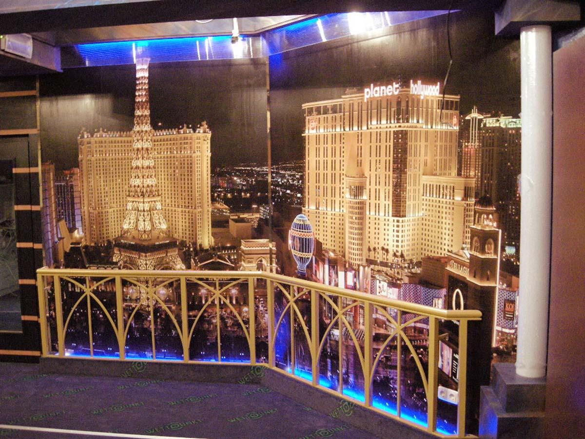 Casino Raum Interior Design Gestaltung - die Besucher sollen das Gefühl haben sie wären auf einer Dachterrasse in Las Vegas