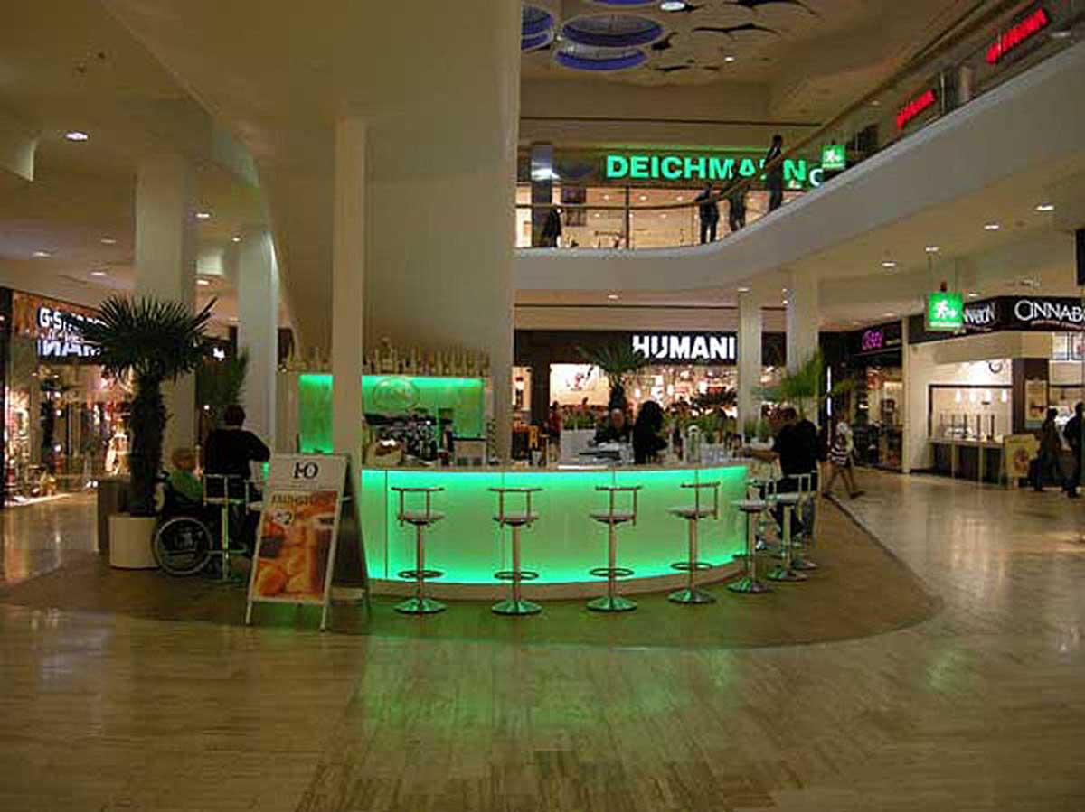 Kaffee und Sekt Bar in der SCS Vösendorf - Realisierung und Fertigstellung der Leucht Bar