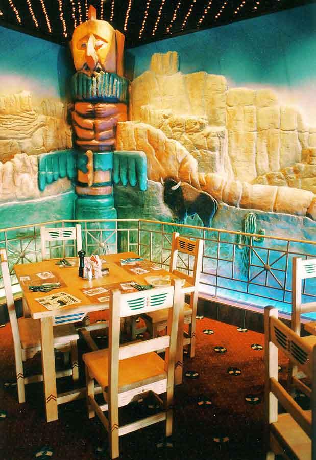 wien_scs_western_restaurant_wand_dekoration_gestaltung_milo