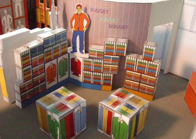 Small Budget Berufsbekleidung - Modell für Shop und Showroom Interior Design Planung